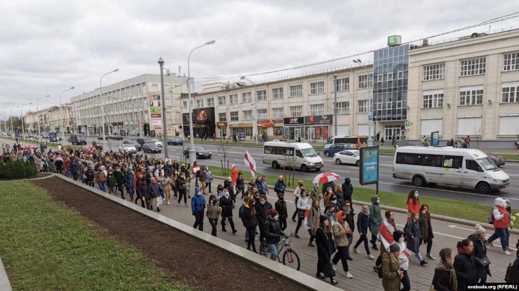 Të paktën 15 të arrestuar në marshin anti-qeveritar të organizuar në Minsk