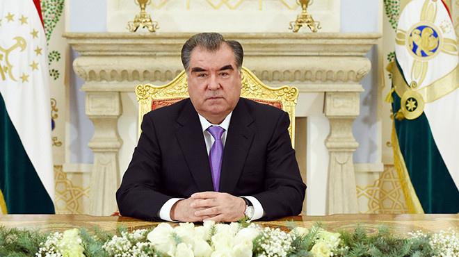 Presidenti i Taxhikistanit fiton mandatin e pestë