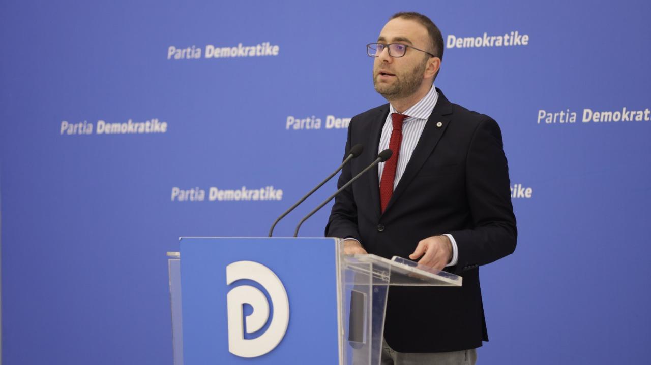 Rrëzimi i dekretit të Metës, Bardhi: Shqipëria tashmë është më pak demokratike dhe evropiane