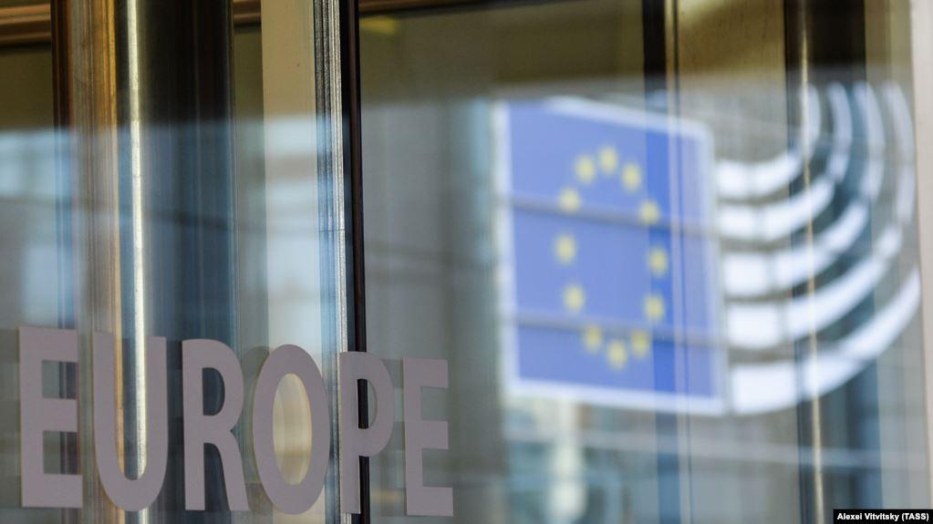 Tomas Szunyog: Kosova dhe Serbia duhet të bëjnë ndryshime kushtetuese në të ardhmen