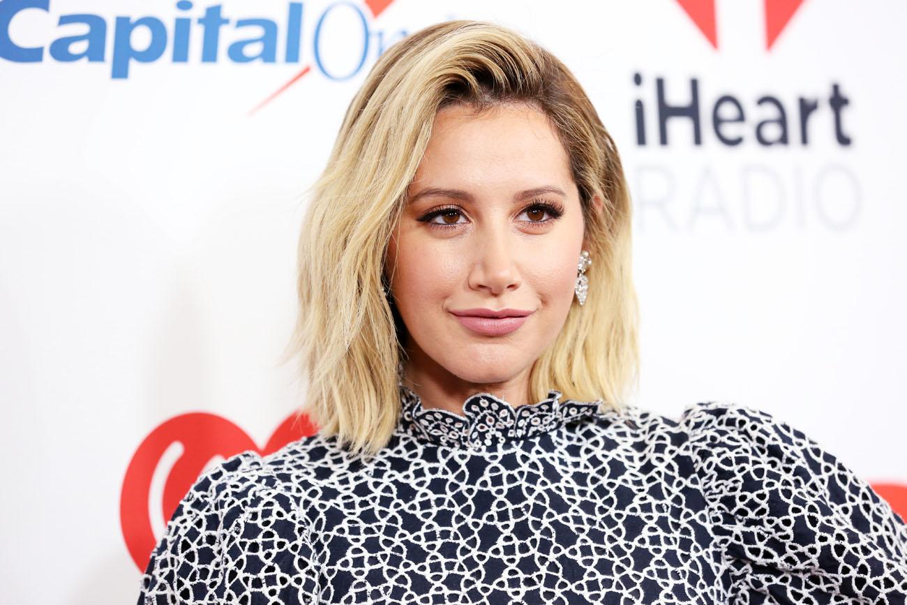 Ashley Tisdale zbulon gjininë e bebit në mënyrën të bukur të mundshme