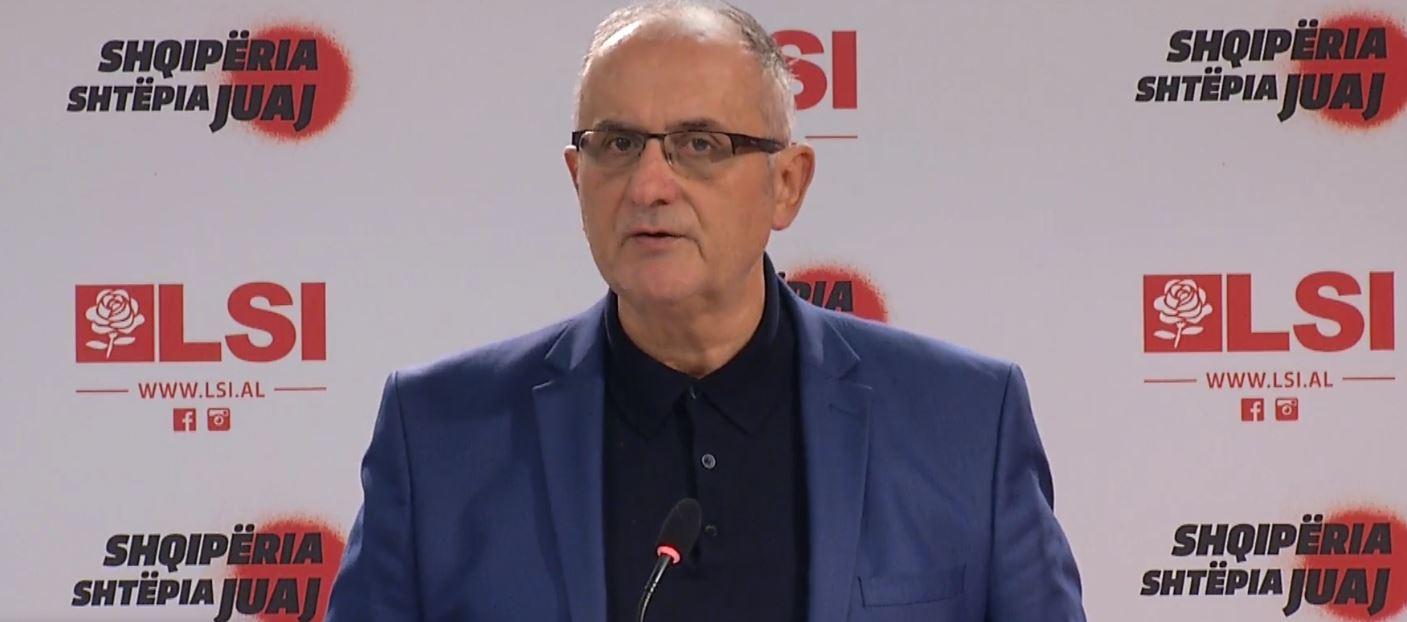 """""""Ndërtimi i aeroporteve"""", Vasili: Rama gënjeu qytetarët shqiptarë"""
