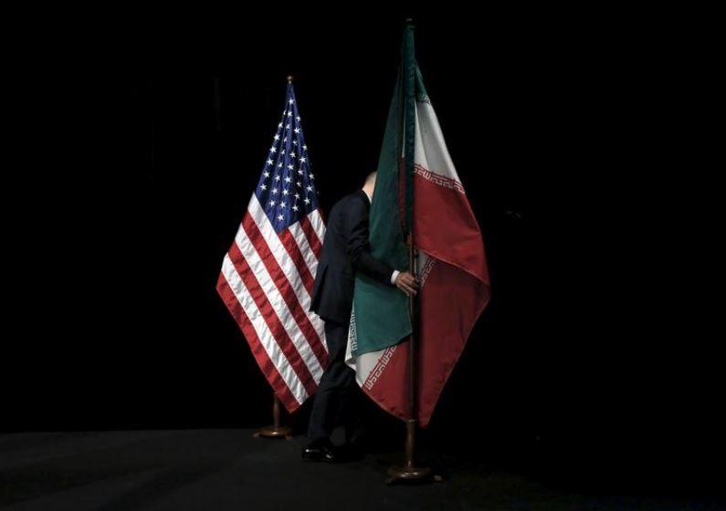 Email-et kërcënuese të Iranit për votuesit amerikanë, zbulohen nga një gabim trashanik