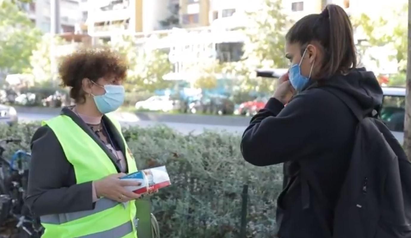 """""""Nuk është puna të vëmë gjoba"""", Task-Forca shpërndan maska: E domosdoshme"""