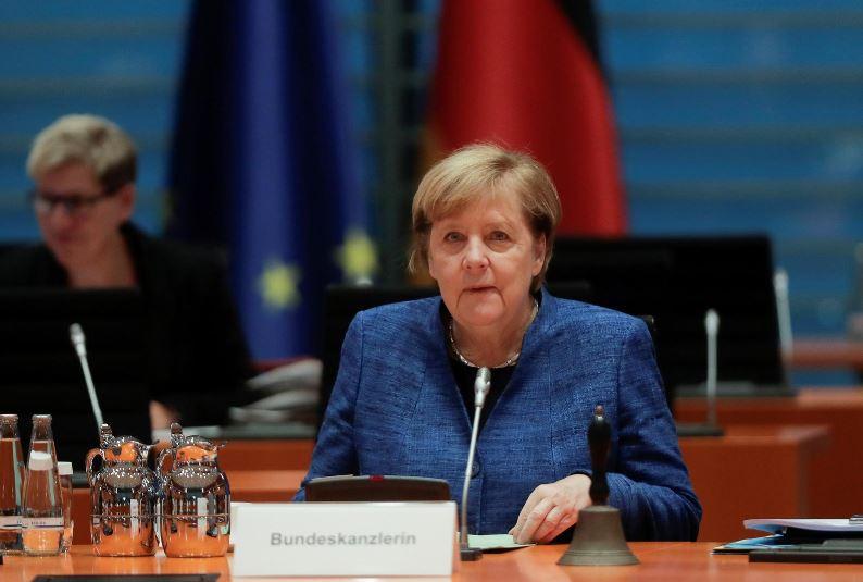 Partia e Merkel shtyn kongresin e 4 dhjetorit për zgjedhjen e liderit të ri