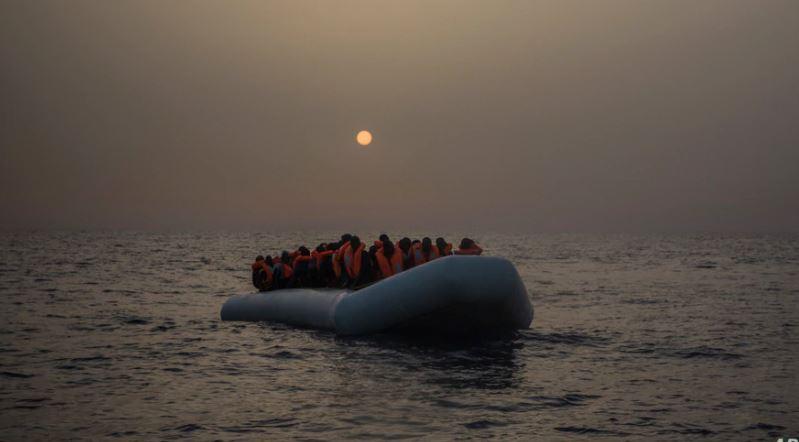 Tragjedi në Senegal, anija merr flakë, humbin jetën 140 emigrantë