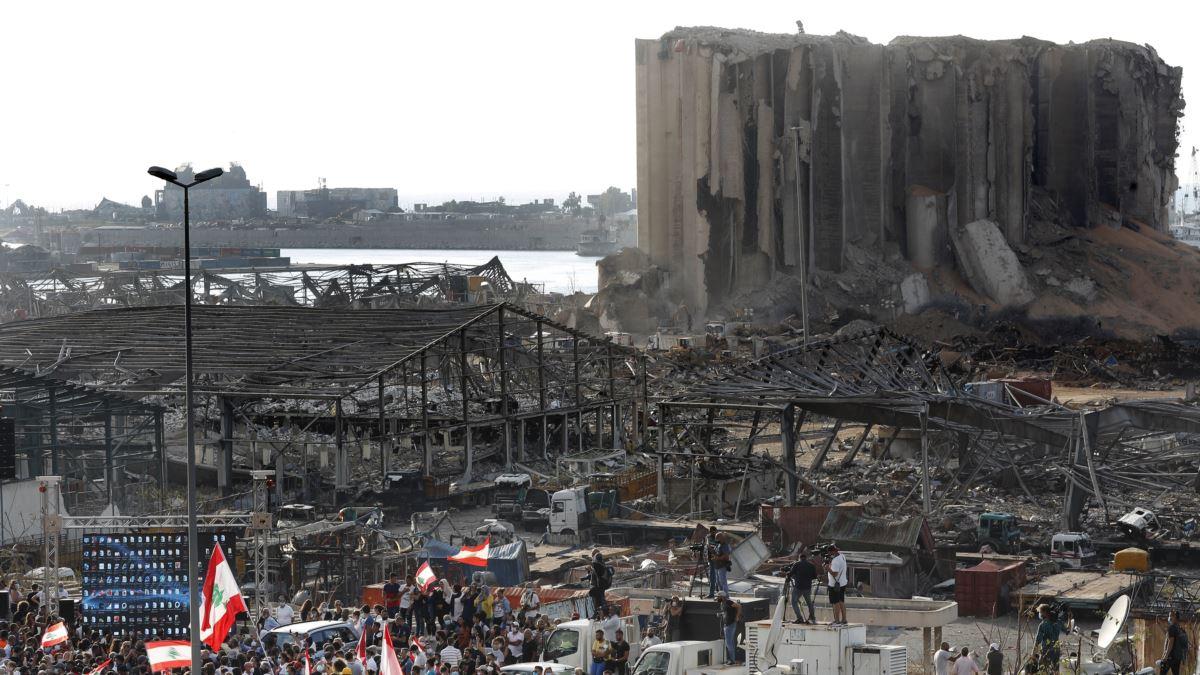 Shpërthimi në Bejrut: Interpol-it i kërkohet të arrestojë kapitenin dhe pronarin e anijes