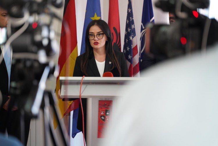 Ministria e Jashtme e Kosovës reagon ashpër ndaj arrestimit të një qytetari në Serbi