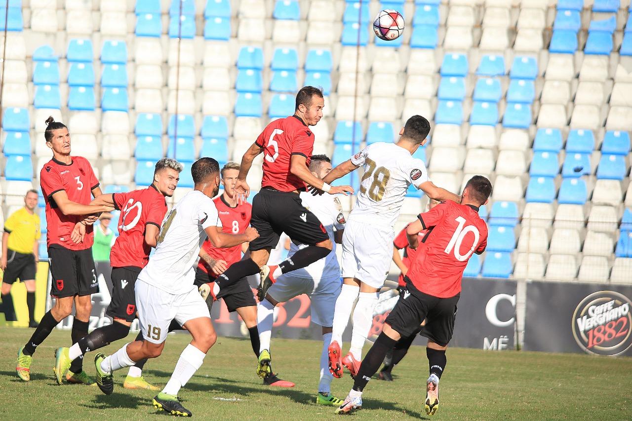 Shqipëria U21 si e njerkës, tani as listën nuk ia publikojnë