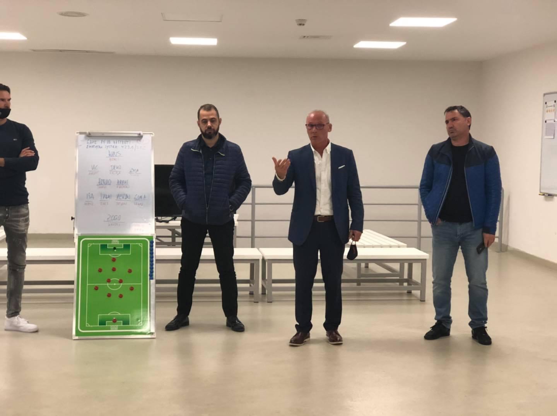 Përplasjet me sponsorin Xhaferi, Naku: Dorëhiqem nga Vllaznia për disa arsye!
