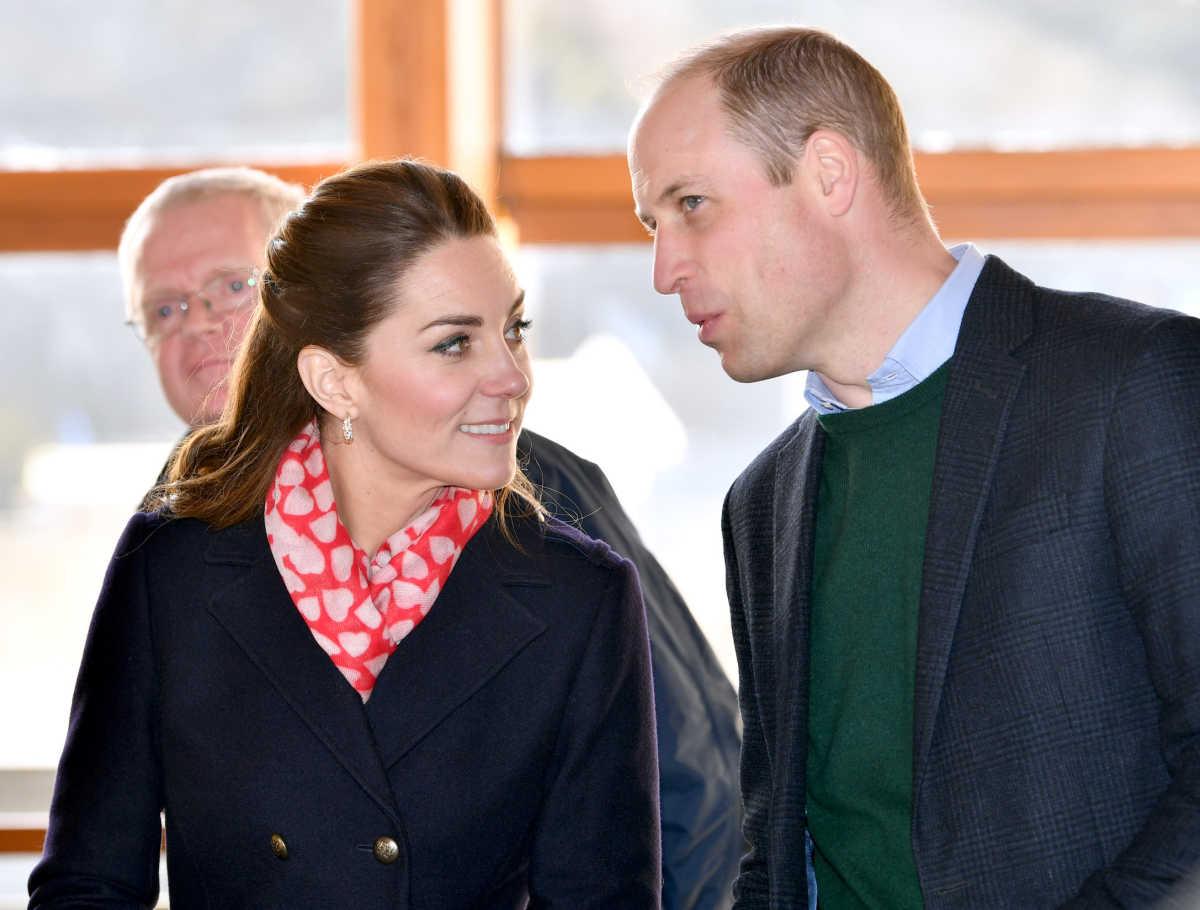 Dikur çifti mbretëror i kanë dhënë fund lidhjes vetëm me një telefon