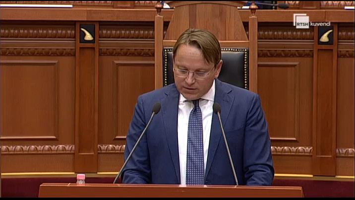 Varhelyi: Ballkani Perëndimor do kthehet në qendër investimesh globale, duhet bashkëpunim