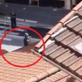 Theri tre persona, dalin pamjet e arrestimit të autorit në Nice