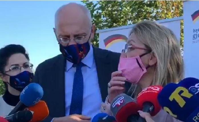 Ambasadori gjerman: Dyert për Shqipërinë janë të hapura, kusht ngritja e Kushtetueses