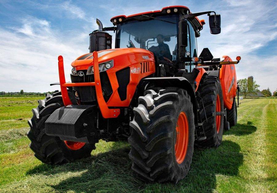 Prodhuesit britanikë thyejnë rekordin: Traktori më i shpejtë në botë