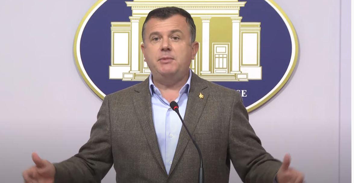 """""""Ndryshimet në Kod me shumicë Kushtetuese"""", Balla: Meta kërkon të pengojë zgjedhjet e 25 prillit"""