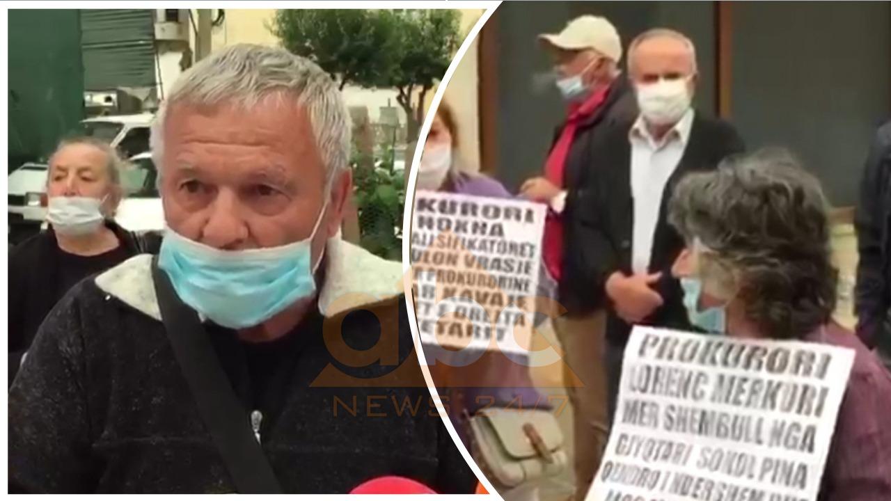 """""""Jemi të pasur dhe kërkojmë pronën tonë"""", banorët në Kakome protestojnë para Prokurorisë së Sarandës"""