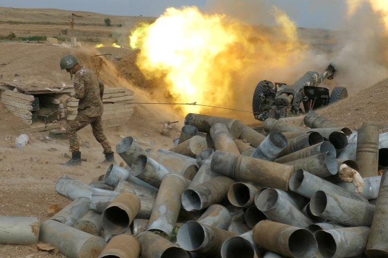 Rinisin bombardimet, Kremlini: Situata mes Armenisë dhe Azerbajxhanit po përkeqësohet