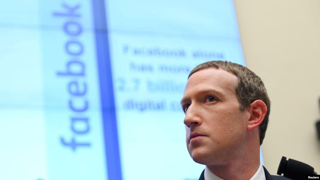 Facebook-u ndalon përmbajtjet që mohojnë apo shtrembërojnë Holokaustin