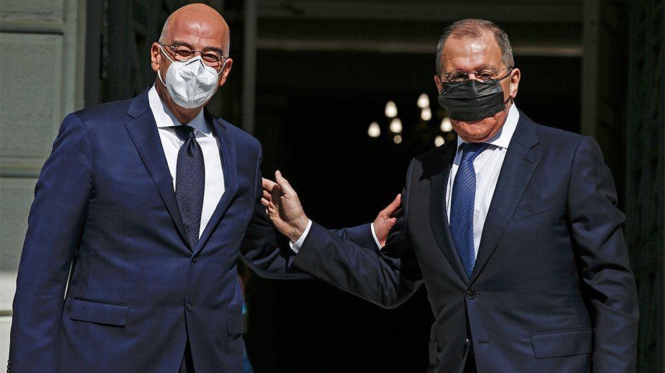 Lavrov: E drejta e Greqisë të shtrihet në Jon! Media greke zbulon çfarë fshihet pas afrimit