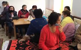 Gratë naftëtare në ditën e 13 të grevës së urisë: Po dobësohemi çdo ditë! Do rrimë deri në vdekje