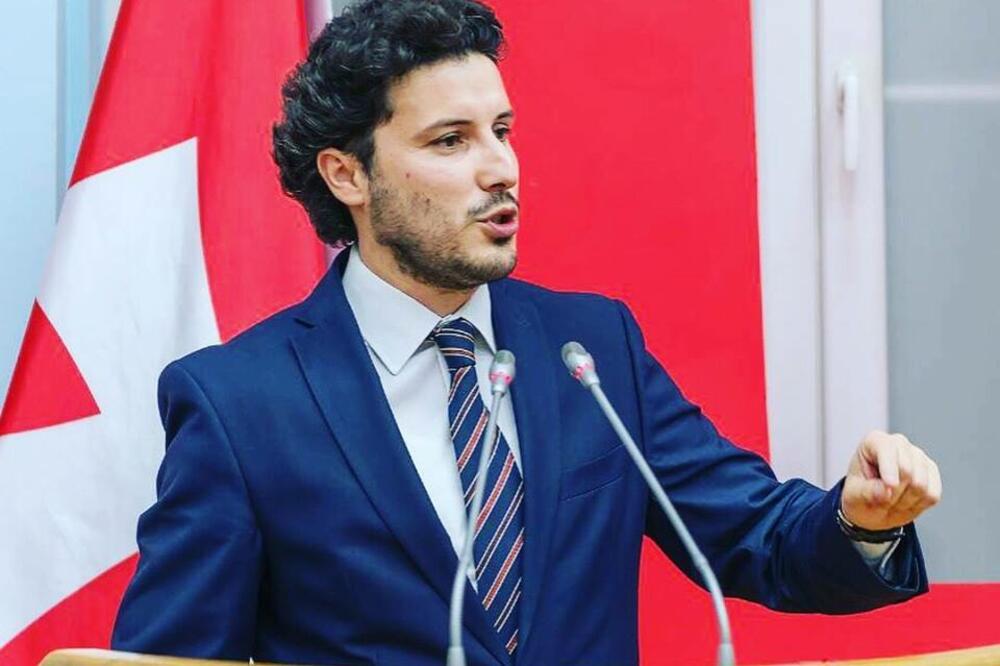 Abazovic refuzon postet e ofruara nga qeveria e re në Mal të Zi, kërkon më shumë