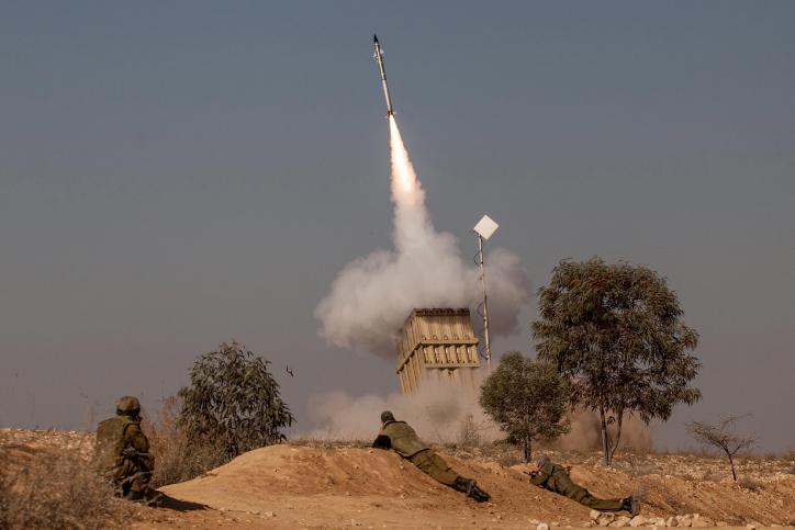 Palestinezët lëshuan raketën, ushtria izraelite zbulon tunelin në Rripin e Gazës