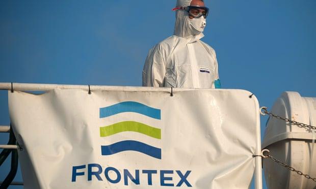 Frontex akuzohet se po dëbon në mënyrë të paligjshme refugjatët që kalojnë detin Egje