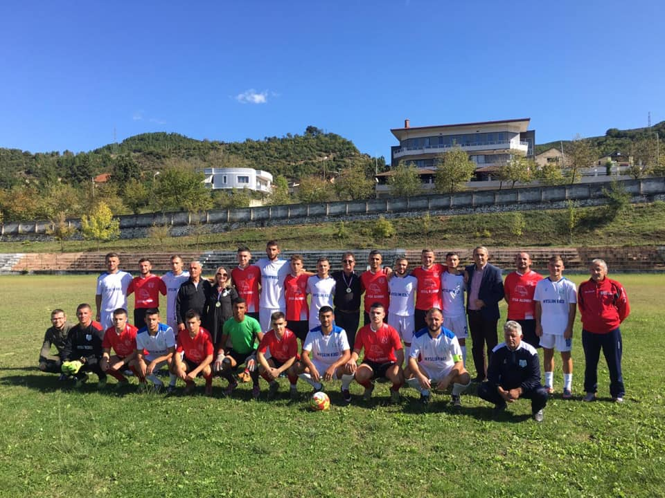 Infektohet me COVID-19 trajneri i ekipit shqiptar, izolohet edhe stafi