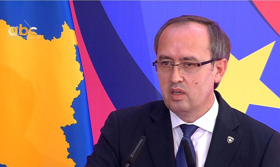 Hoti: Marrëveshjet do të rrisin bashkëpunimin mes dy vendeve, në fokus stabiliteti rajonal
