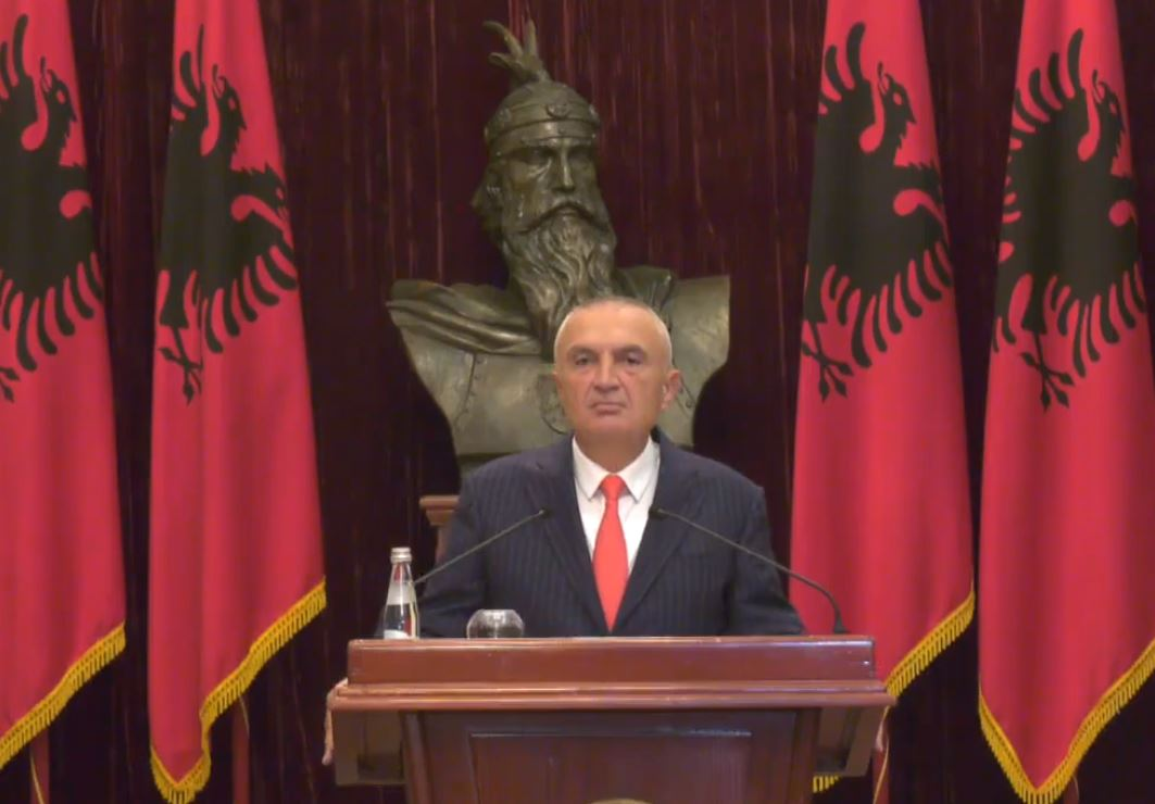 """""""Deti"""" në Hagë, Meta: Çfarë pres nga kjo marrëveshje me Greqinë"""