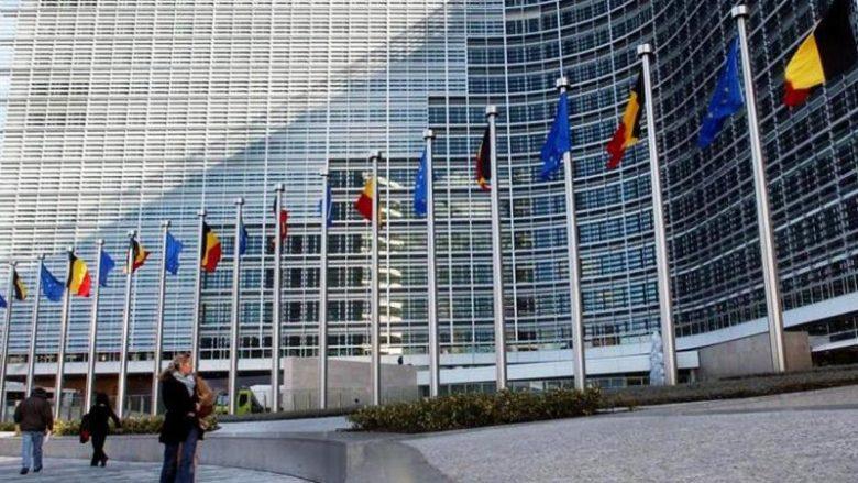 KE thirrje liderëve të Kosovës: Arrini konsensus në dialogun me Serbinë