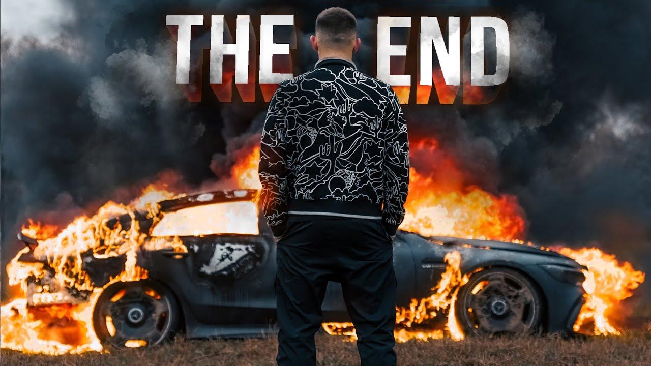 """VIDEO/ I riu lyen me benzinë dhe i vë zjarrin super """"Mercedesit"""" 200 000 USD"""