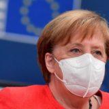 Covid-19/ Merkel: Na presin muaj të vështirë, duhet të shmangim një izolim ndërkombëtar