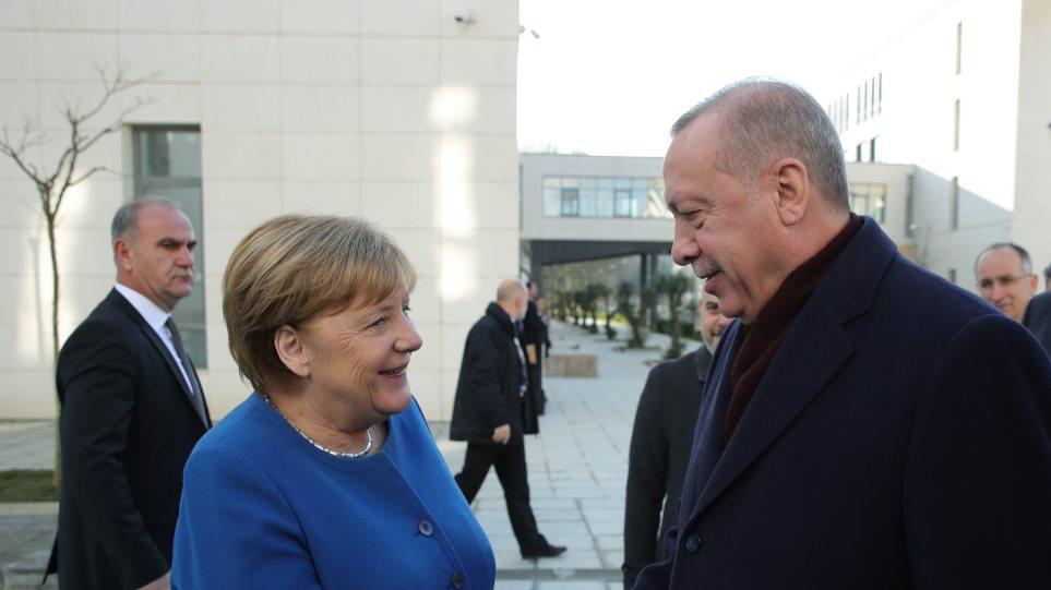 Turqi-Gjermani, sfidat s'e ndalin biznesin, Greqia thirrje: Ndaloni armatosjen e Ankarasë