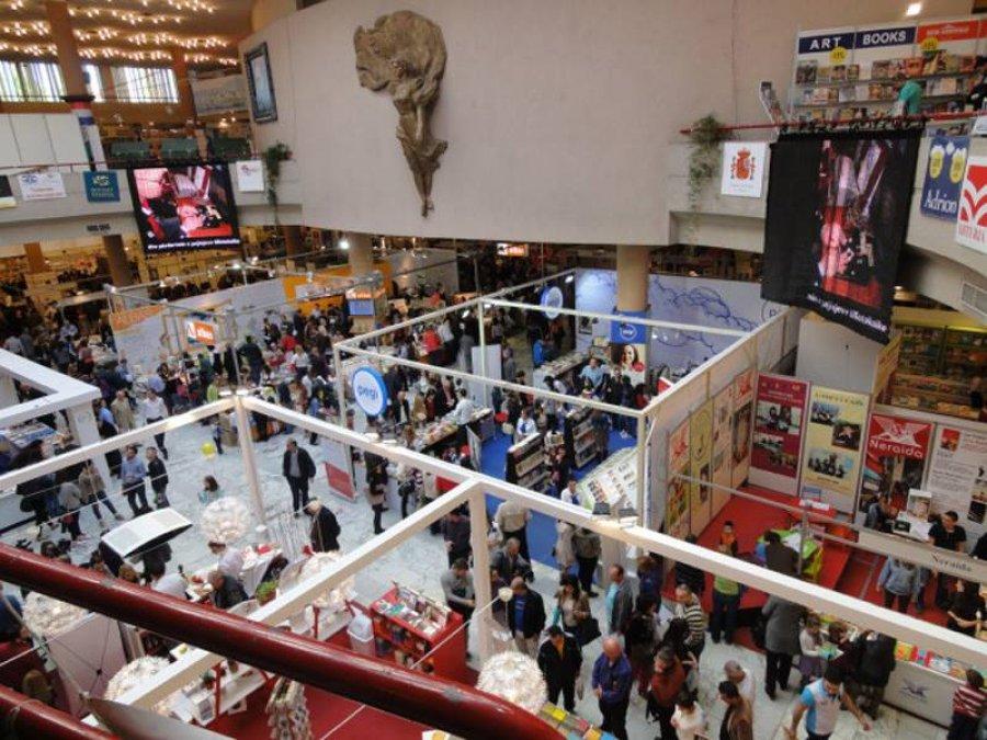 COVID-19 ndalon Panairin e Librit të Tiranës