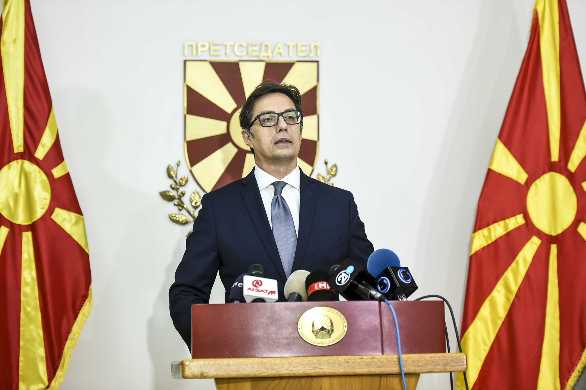 Pendarovski apel qytetarëve: Situata është serioze, respektoni masat dhe protokollet