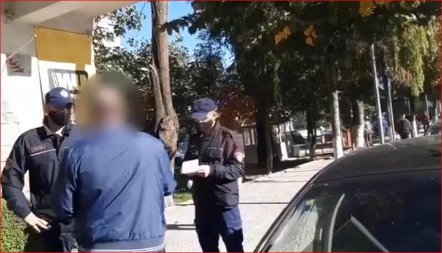 Në rrugë pa maskë, policia ndëshkon me gjobë 844 qytetarë