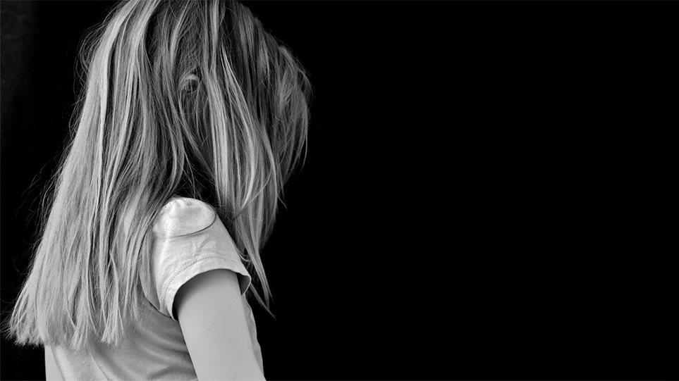 Skandal pedofilie në Greqi, arrestohet 29-vjeçari