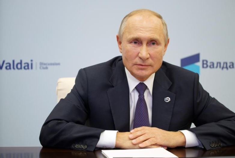 Putin hedh poshtë kritikat e Donald Trump ndaj biznesit të familjes Biden