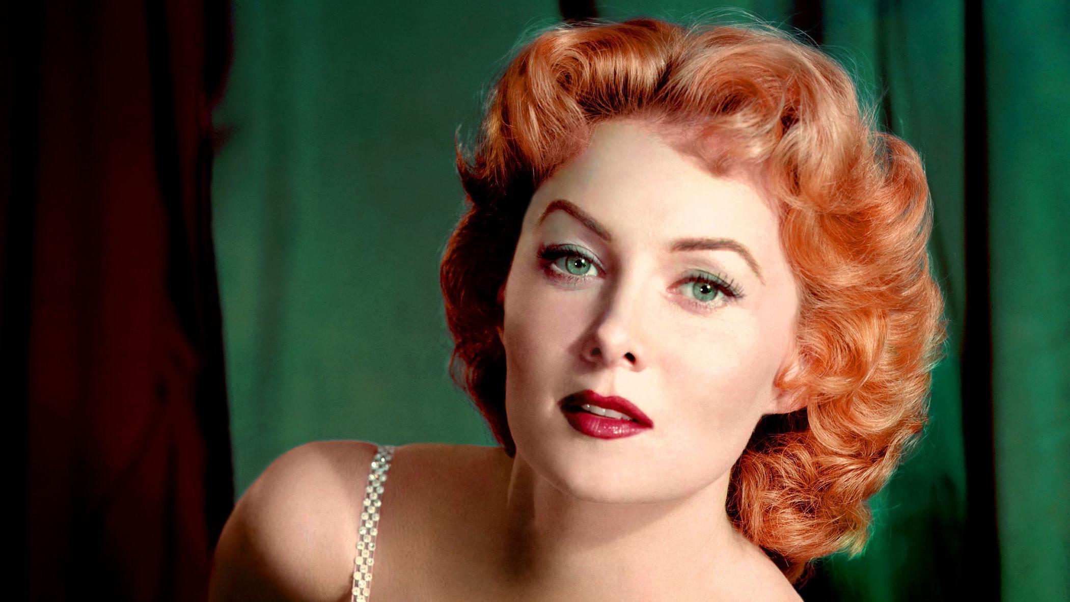 """Ndahet nga jeta aktorja e njohur si """"flokëkuqja e zjarrtë"""", Rhonda Fleming"""