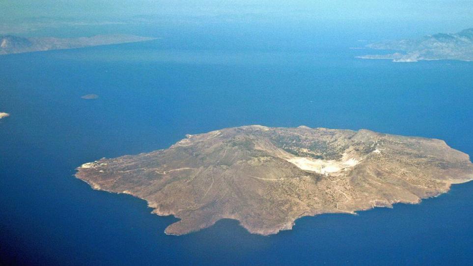 Tërmet dhe alarm për vullkan në Greqi