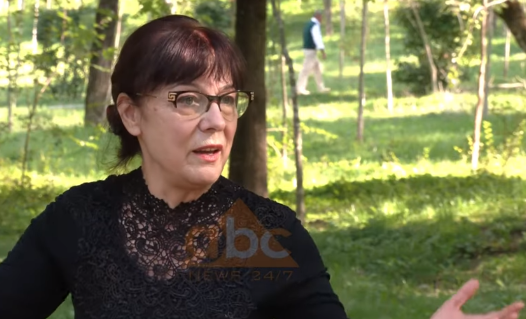 """Suzana Turku: Koncerti """"Dritë për nesër"""", homazh për viktimat e pandemisë"""