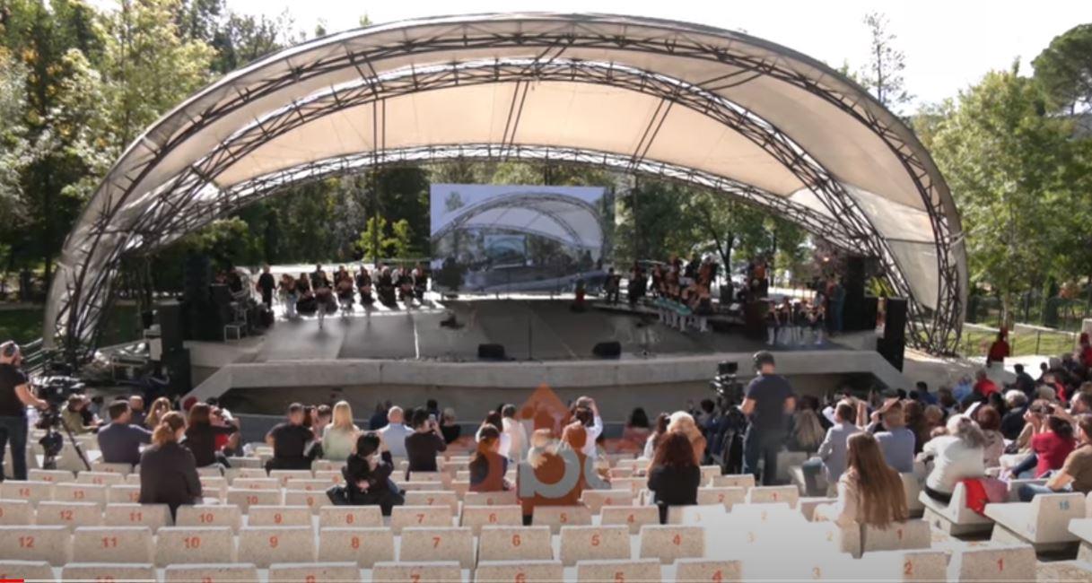 Balerini shqiptar në operën e Berlinit, Andrea Rama: Teatrot duhen hapur si në Europë