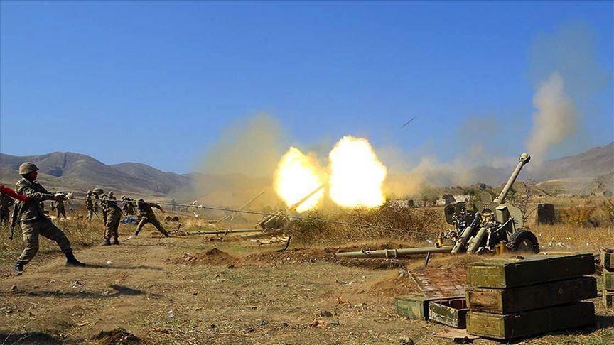 Lufta në Kaukaz me predha e mortaja gjatë natës! Goditet bunkeri i Armenisë, vritet komandanti
