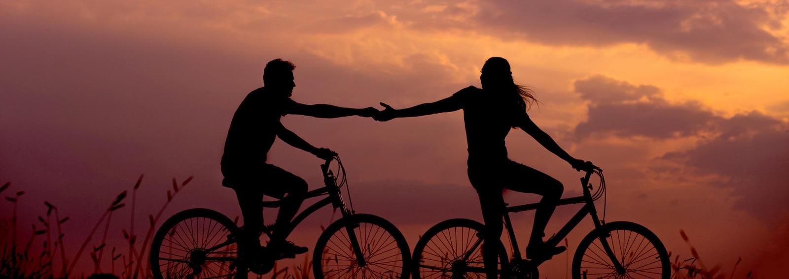 """Vetëm një mik apo më shumë? Shenjat që tregojnë nëse ka vend për """"dashuri"""""""