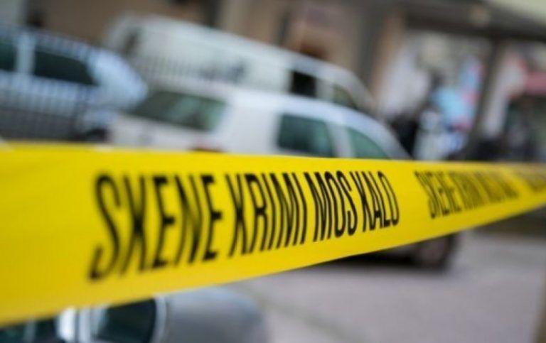 EMRI/ Ngjarje e rëndë në Fier, vritet me armë zjarri 50-vjeçari