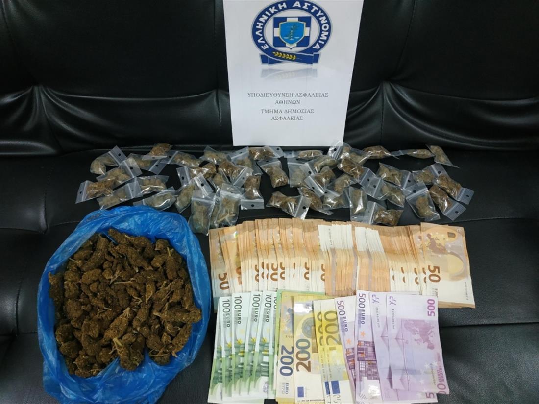 E fshihnin kokainën në pemë dhe puseta! Goditet banda shqiptaro-afrikane në Greqi