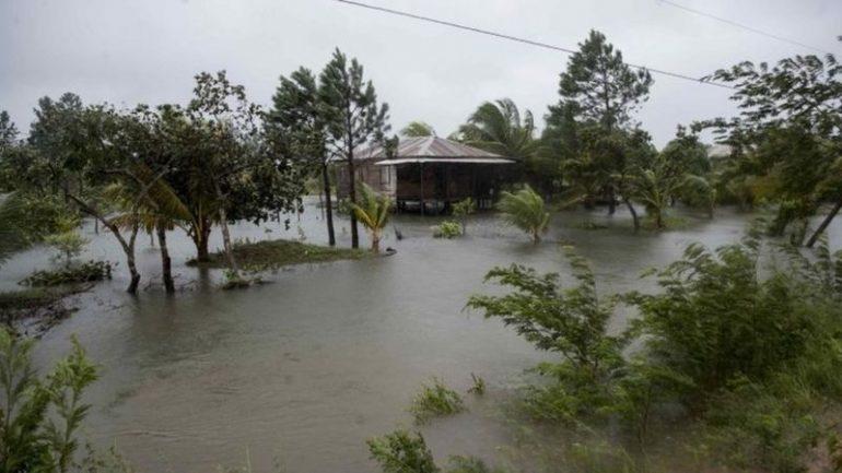 Uragani godet Amerikën Qendrore, regjistrohen 3 viktima