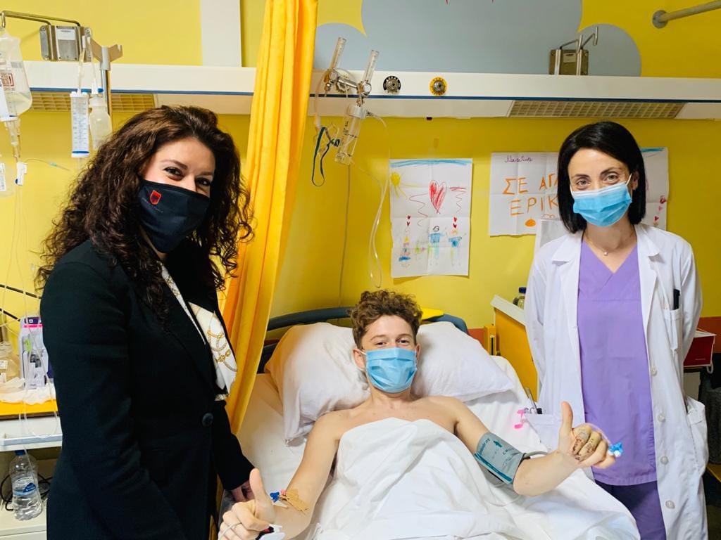 U plagos gjatë tërmetit në Samos, ambasada shqiptare në Greqi jep lajmin e mirë për 14-vjeçarin